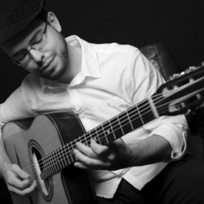 Laurent-Morin-www.latelier-guitare.fr_1-400x400