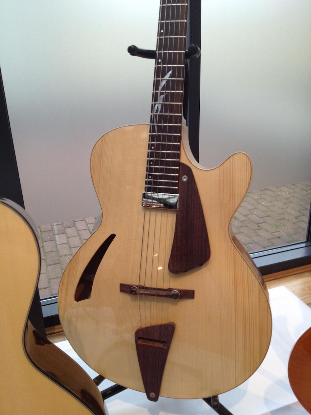GuitareLeduc4