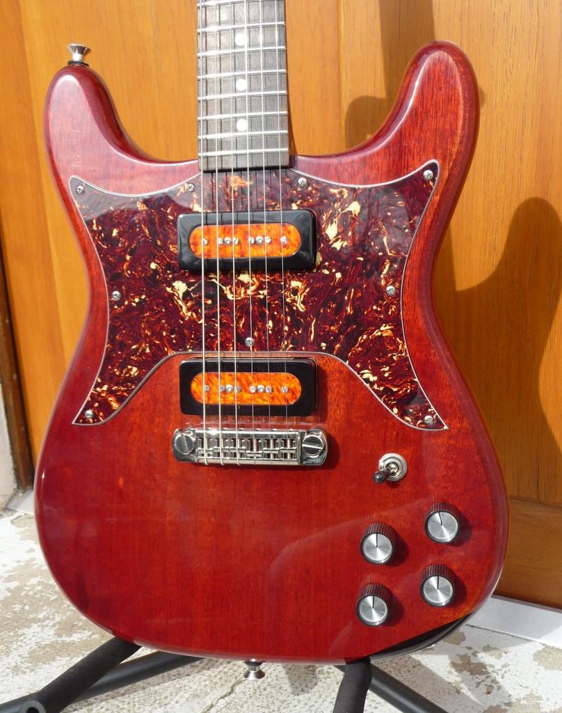 Test Guitare : modèle Coronet du luthier Roger Daguet