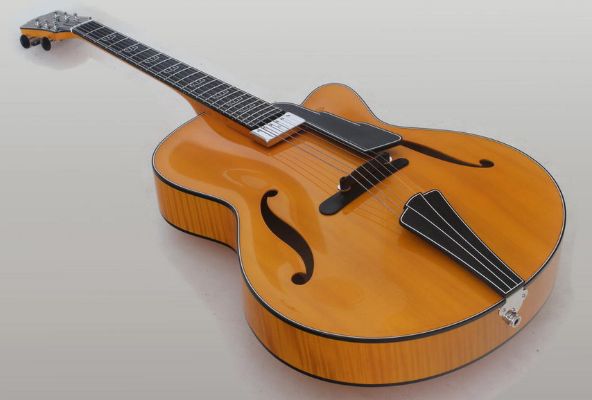 Guitare archtop du luthier Christophe Grellier