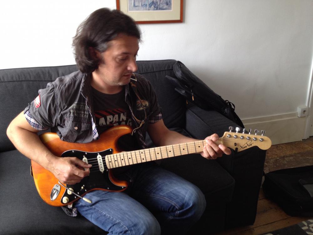 Philippe Figueira et sa Strat Xavier Petit