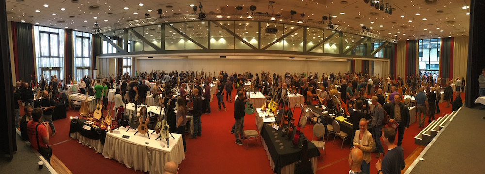 2015 Holy Grail Guitar Show panorama