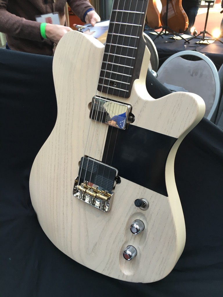 Luthiers Holy Grail Guitar Show 2015 - La Guard de Tao Guitars - Coup de coeur électrique du Holy Grail Guitar Show 2015