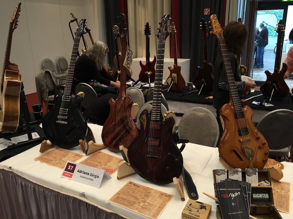 Les guitares Ergon du luthier Adriano Sergio