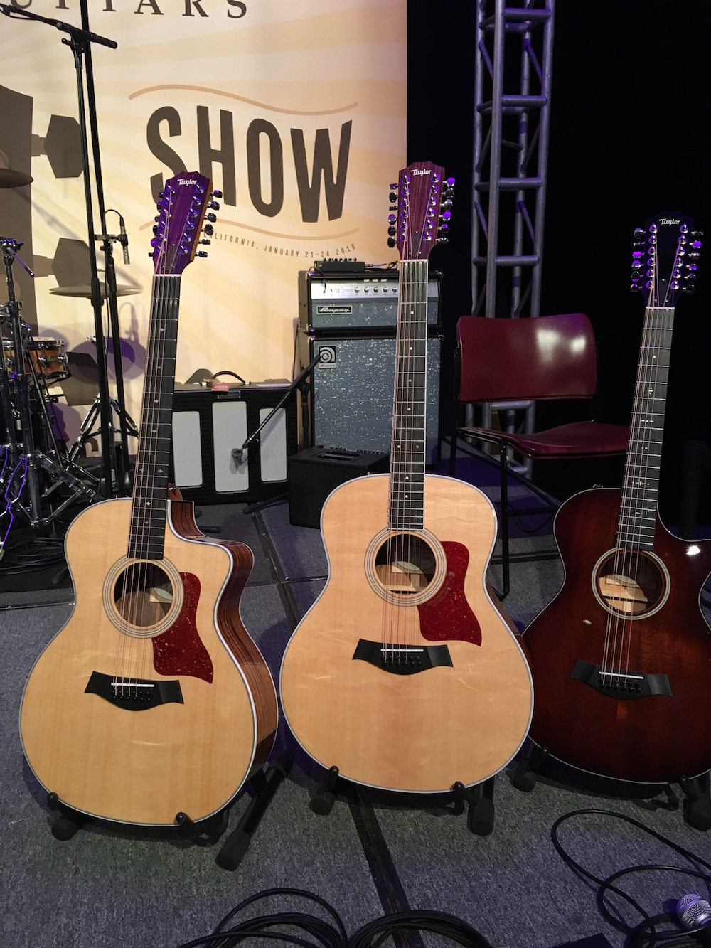 NAMM 2016 Taylor 12 string