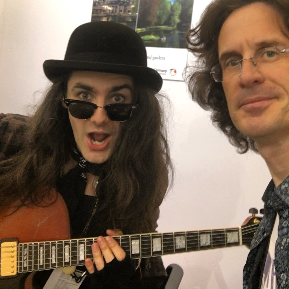NAMM2016 Selfie Zane Carney - The Guitar Channel