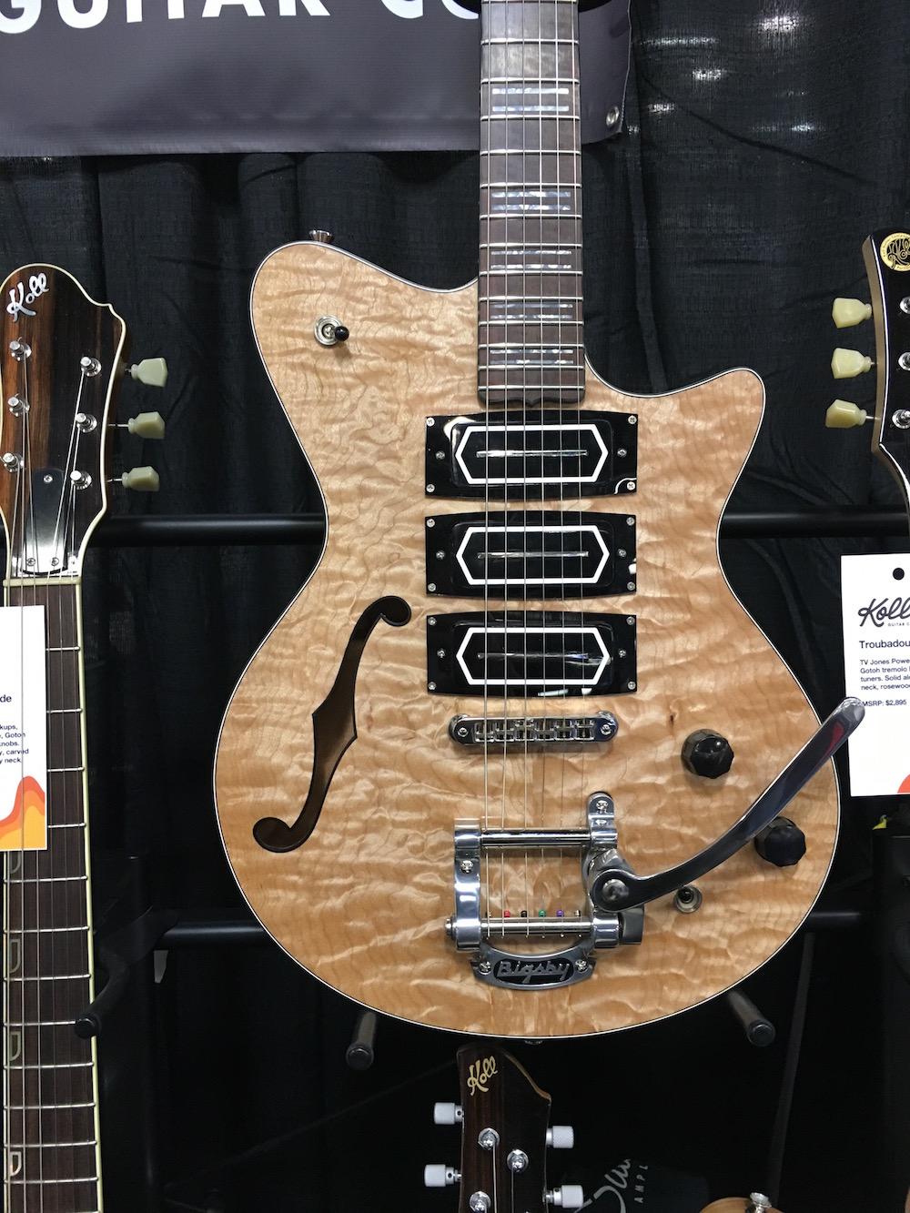 NAMM 2016 Saul Koll guitare