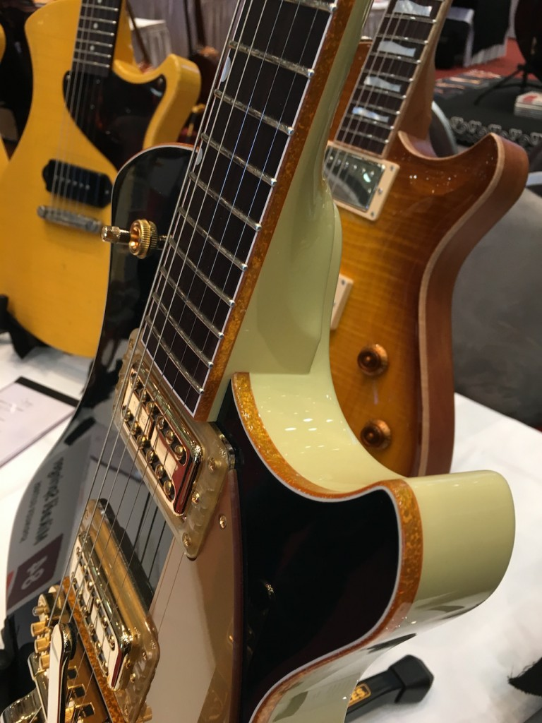 Luthiers Holy Grail Guitar Show 2015 - Guitares Mikaël Springer - Holy Grail Guitar Show 2015