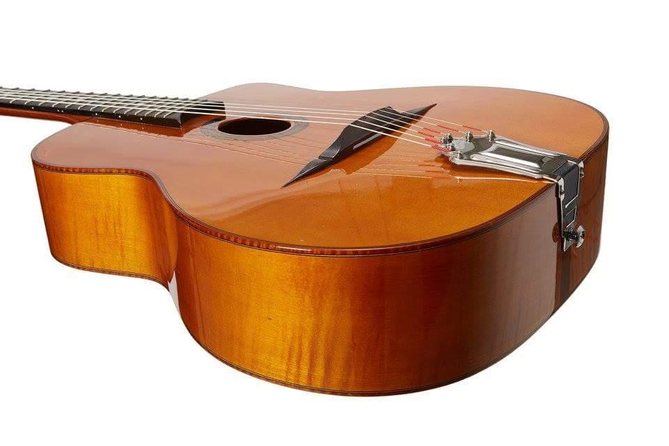 La guitare Martin Tremblay de Denis Chang