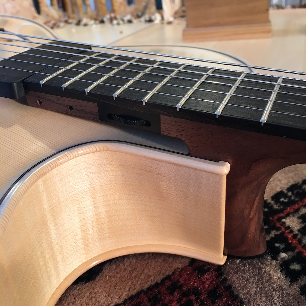 Luthier Adrien Collet - Guitare archtop
