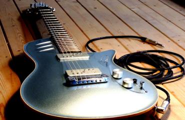 Guitare Hervé Tonnard (luthier)
