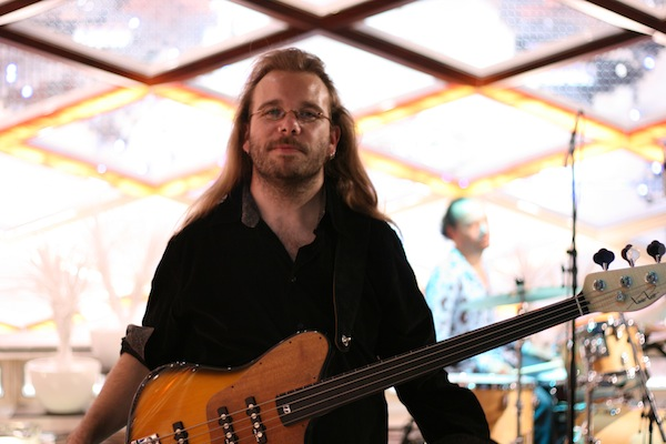 Laurent David basse fretless