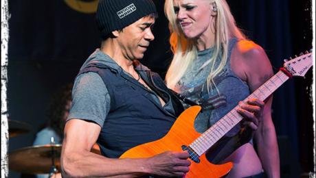Interview de Greg Howe, un guitare héros dans un super groupe avec Maragold