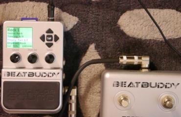 La pédale BeatBuddy et sa pédale optionnelle