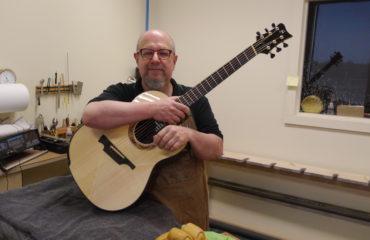 Luthier Michael Greenfield (Montréal, Québec)