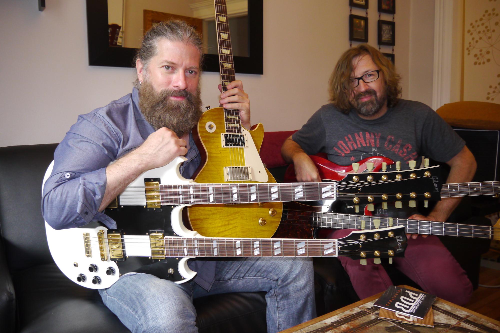 Paul Deslauriers (guitare & voix) et Greg Morency (basse) à Montréal