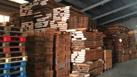 Gestion du bois chez Alhambra Guitarras - Interview Pedro Lopez