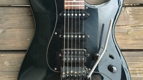 Guitare de maison de campagne - Charvel Model 3 de 1986