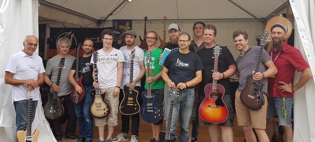 Les luthiers présents à l'espace guitare du festival Guitare en Scène 2017