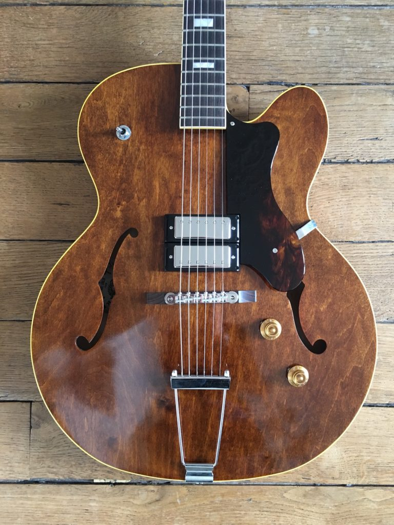 Test Guitare - King Snake modèle Detroit Four Dirty Walnut