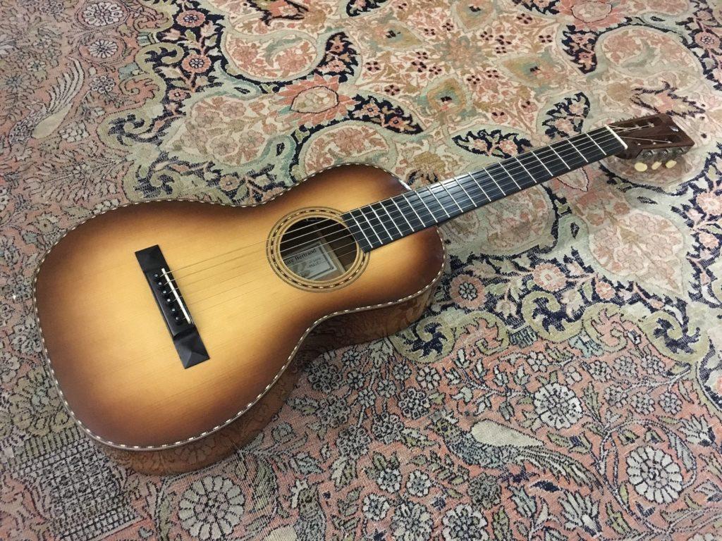 Test Guitare Parlor - Luthier Pierre Bertrand