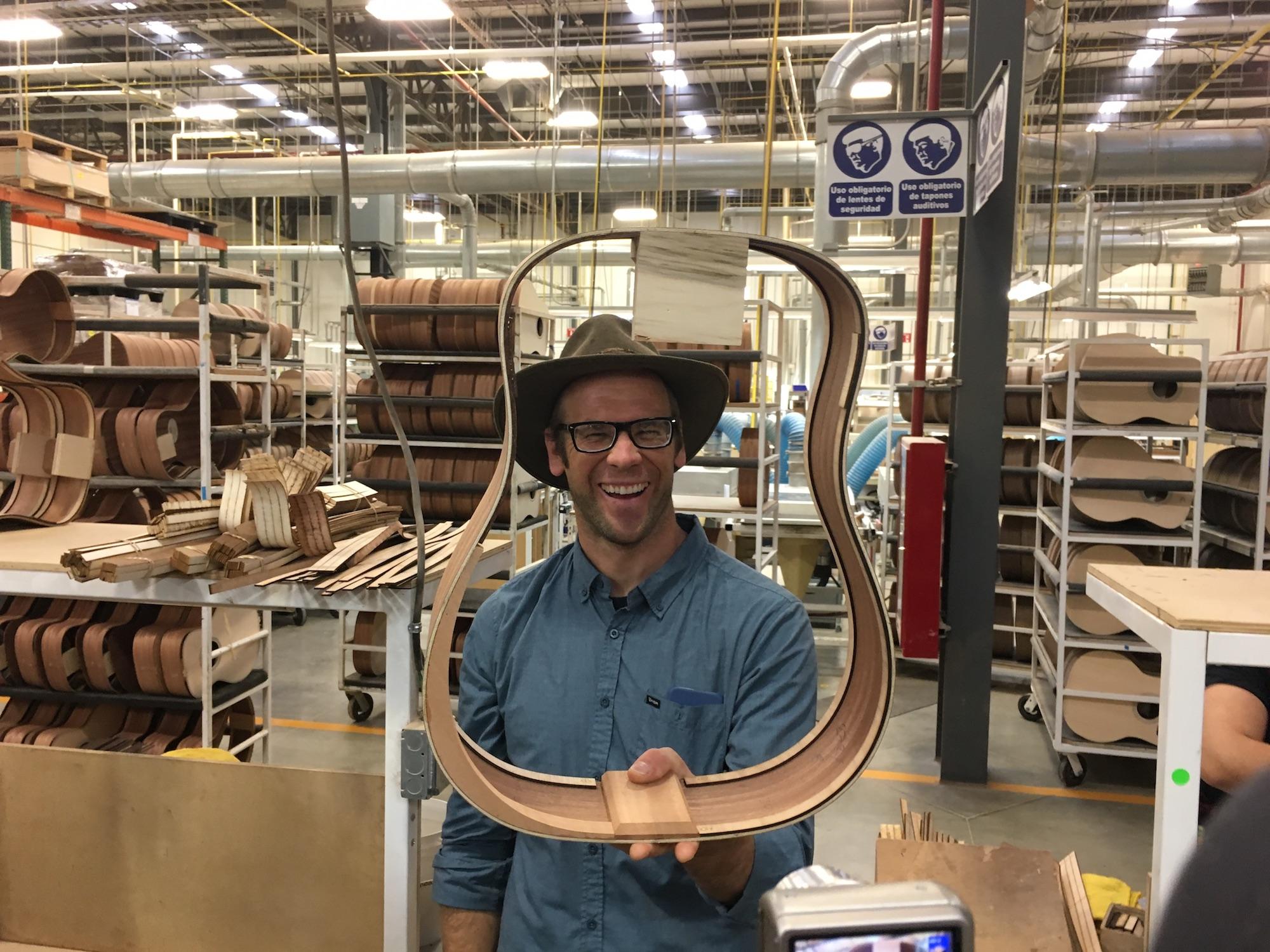Visite usine guitare - Taylor Guitars au Mexique (Tecate) avec Andy Powers