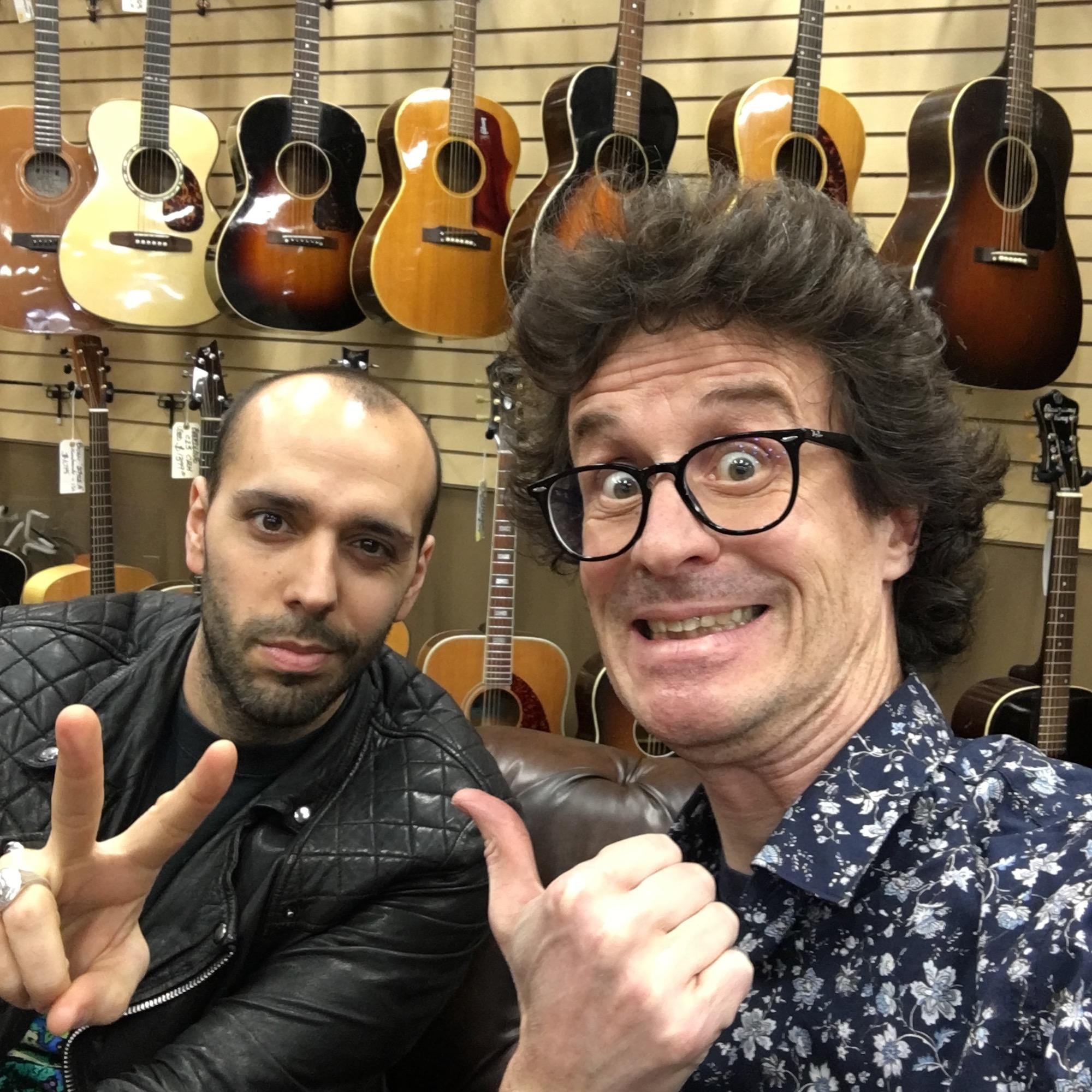 Interview Mark Agnesi dans le légendaire magasin Norman's Rare Guitars à Los Angeles