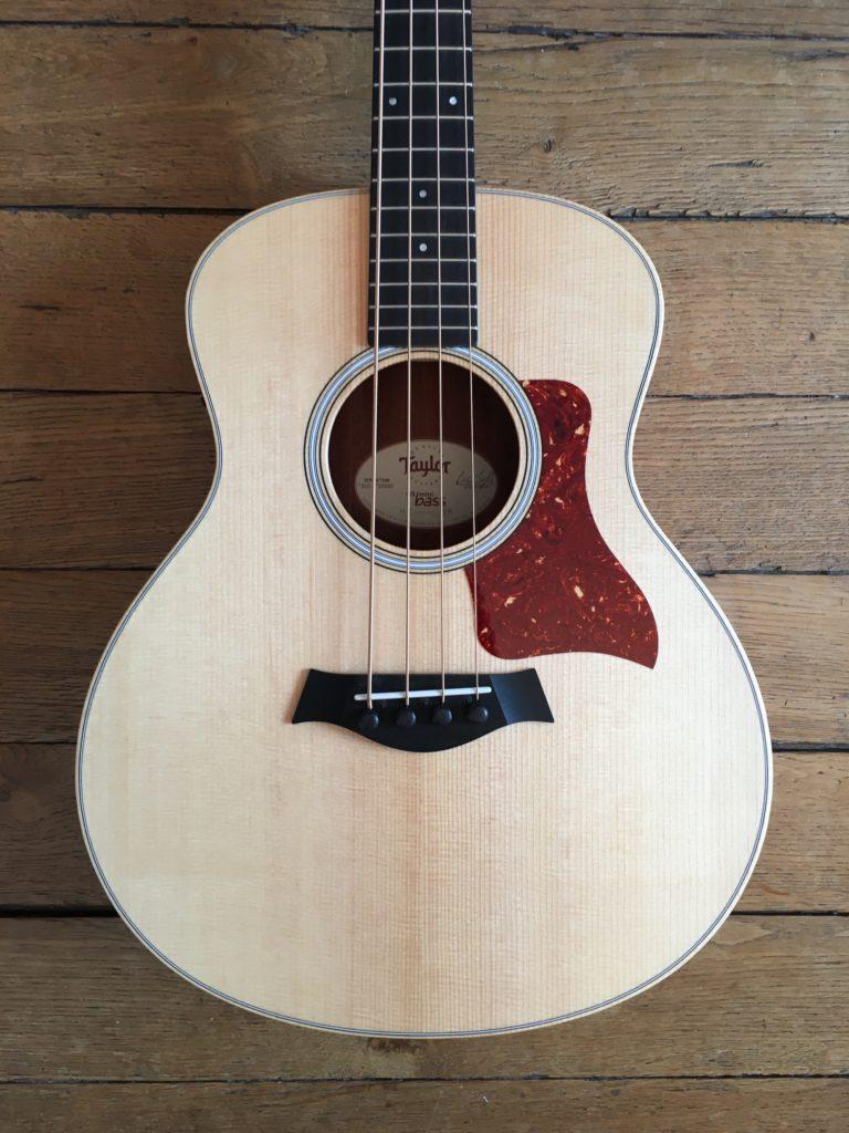 Test Guitare - GS Mini Bass @TaylorGuitars : mini instrument, maxi son ! - La Chaîne Guitare