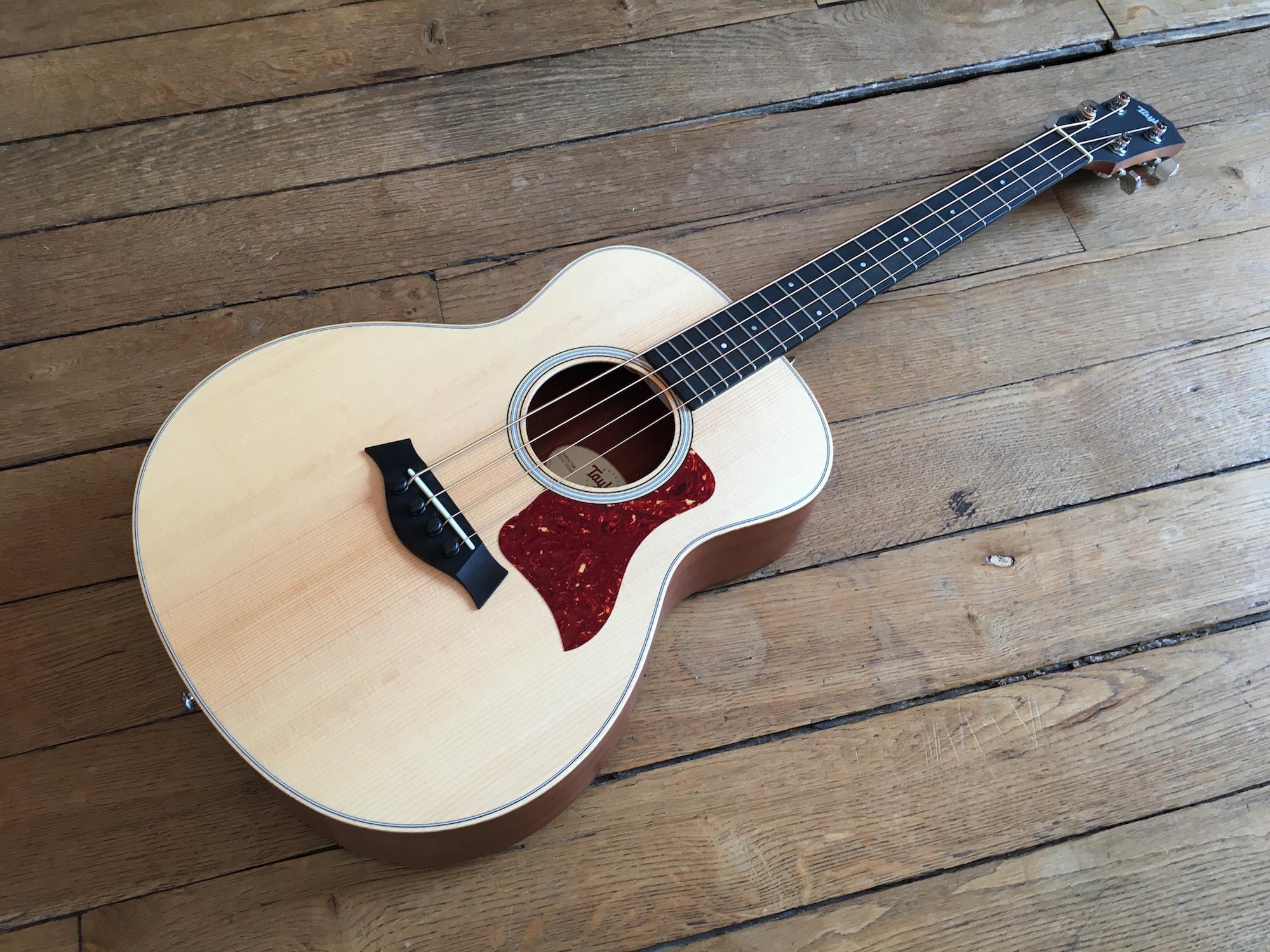 Test Guitare - GS Mini Bass @TaylorGuitars : mini instrument, maxi son !
