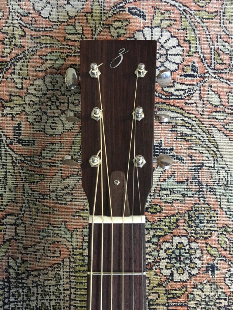 Sylvain Zbinden - Luthier guitare acoustique - Dreadnaught