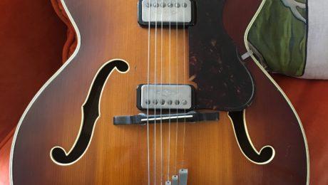 Hofner President 1961 et 1965 - Guitare d'Exception Christian Séguret