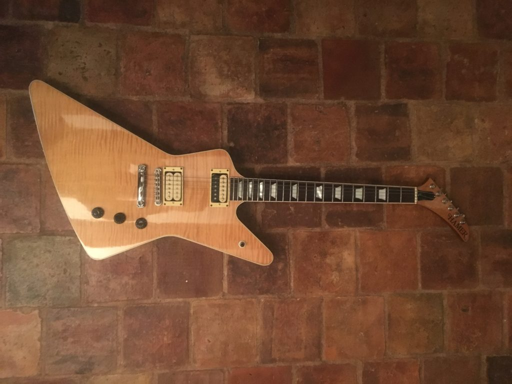 Standard Hamer Gary Moore - Chronique Guitares d'Exception Matthieu Lucas