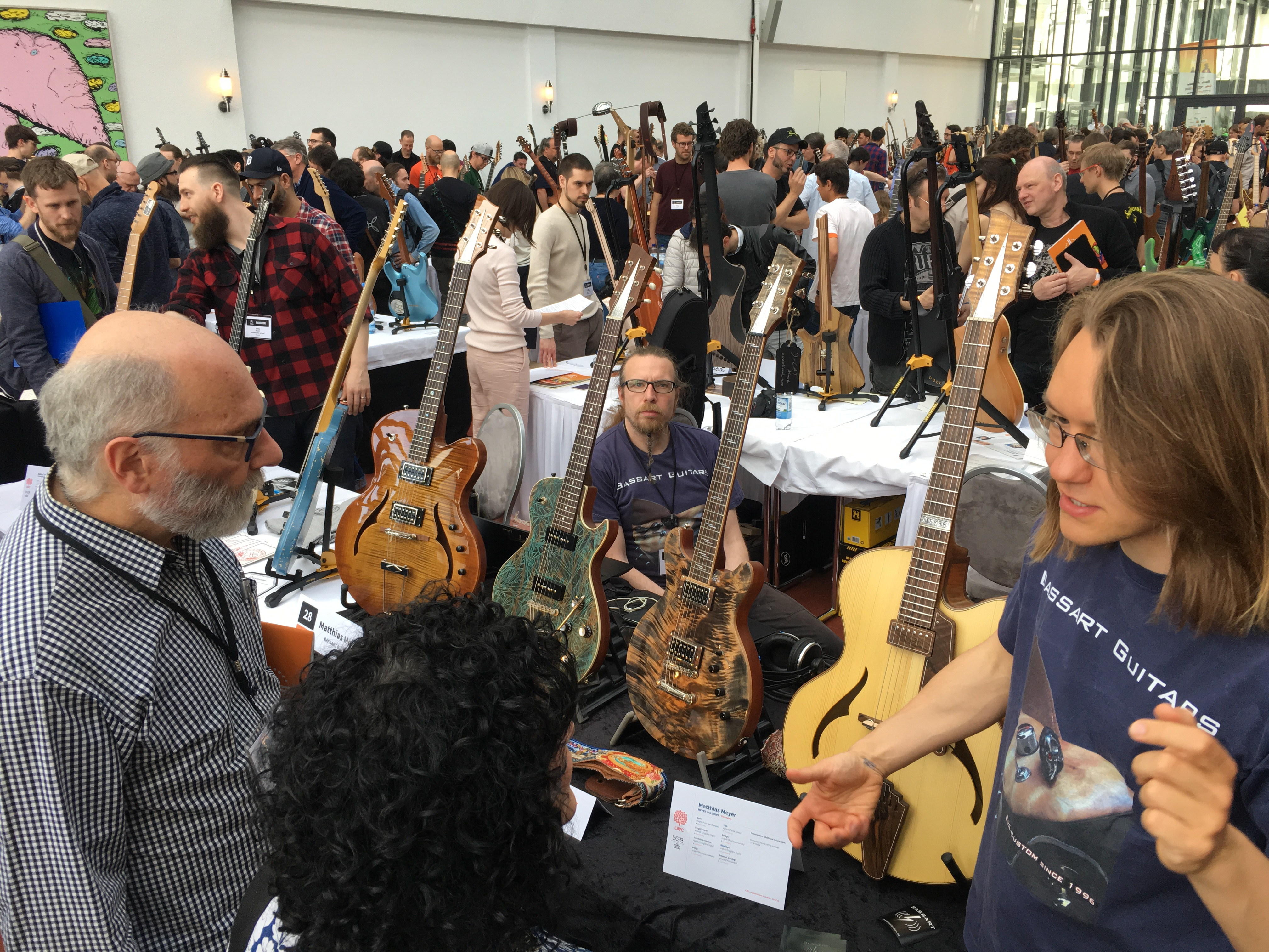 Holy Grail Guitar Show 2018 - Interviews de luthiers - Partie 2/2