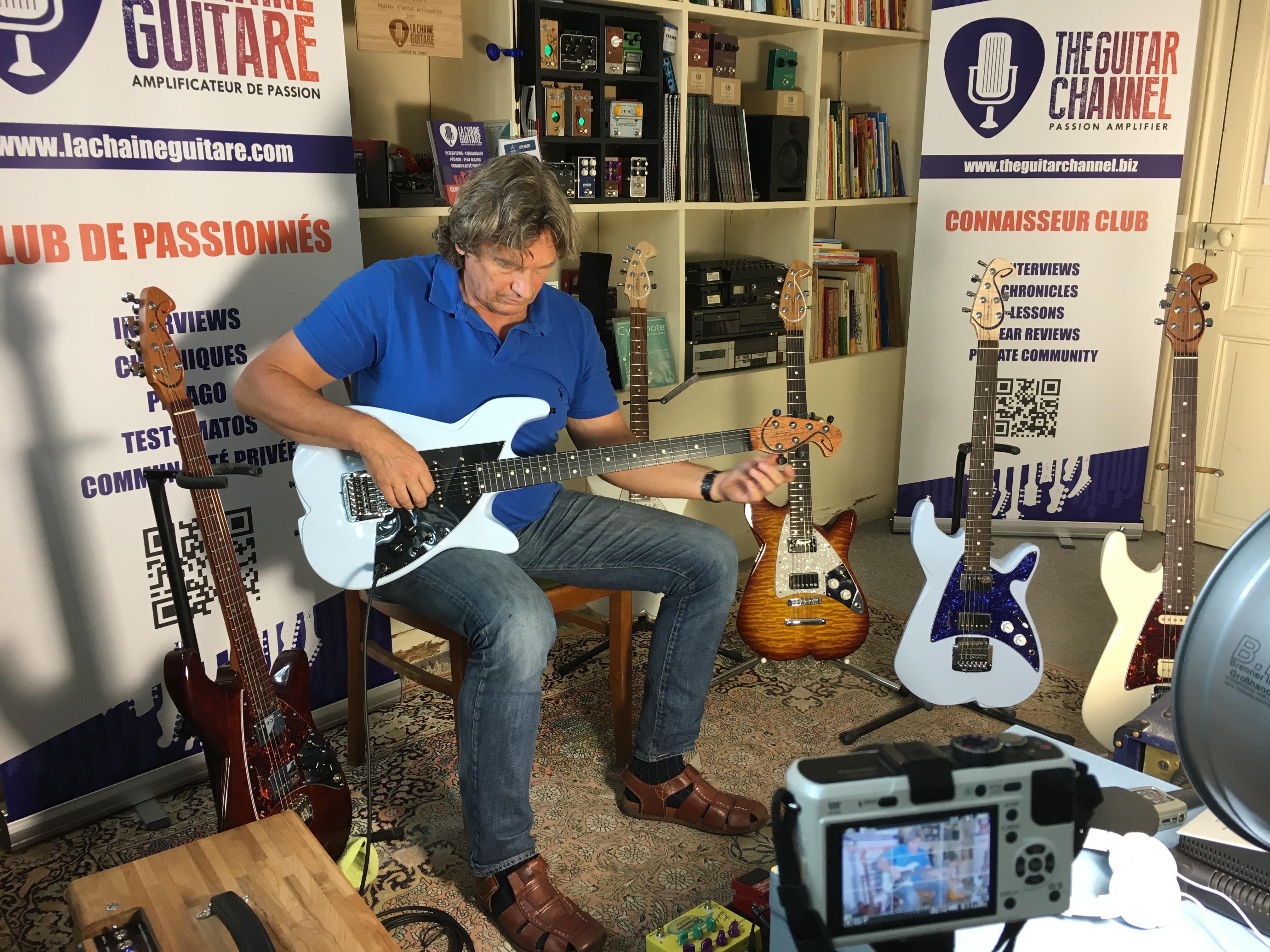 Interview luthier Charles Janssen - Schwung Guitars
