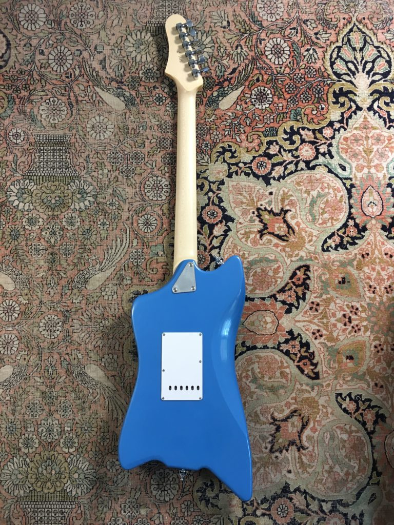 Luthier Florian Epinette - Pinu Guitars - Modèle Free Bird