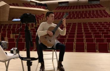 Interview Thibaut Garcia - Guitare à la Main dans l'auditorium de La Seine Musicale
