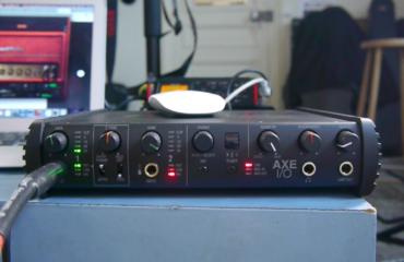 Unboxing & Test - Interface AXE I/O orientée guitare de IK Multimedia