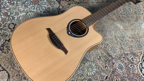 Test guitare Lag Hyvibe THV10 DCE - En acoustique