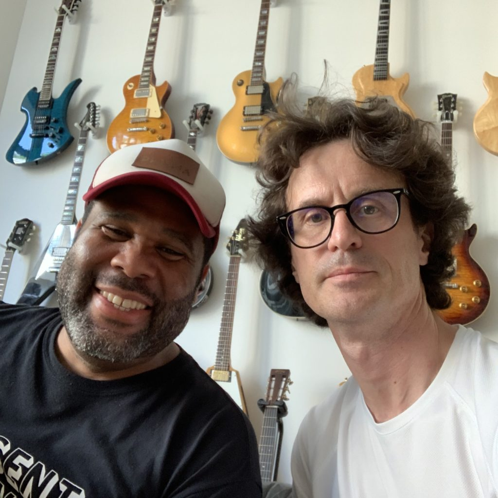 Interview Kirk Fletcher guitare à la main - Musicien de Joe Bonamassa et bien plus