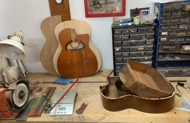 Interview luthier Martin Tremblay dans son atelier au coeur de Montréal
