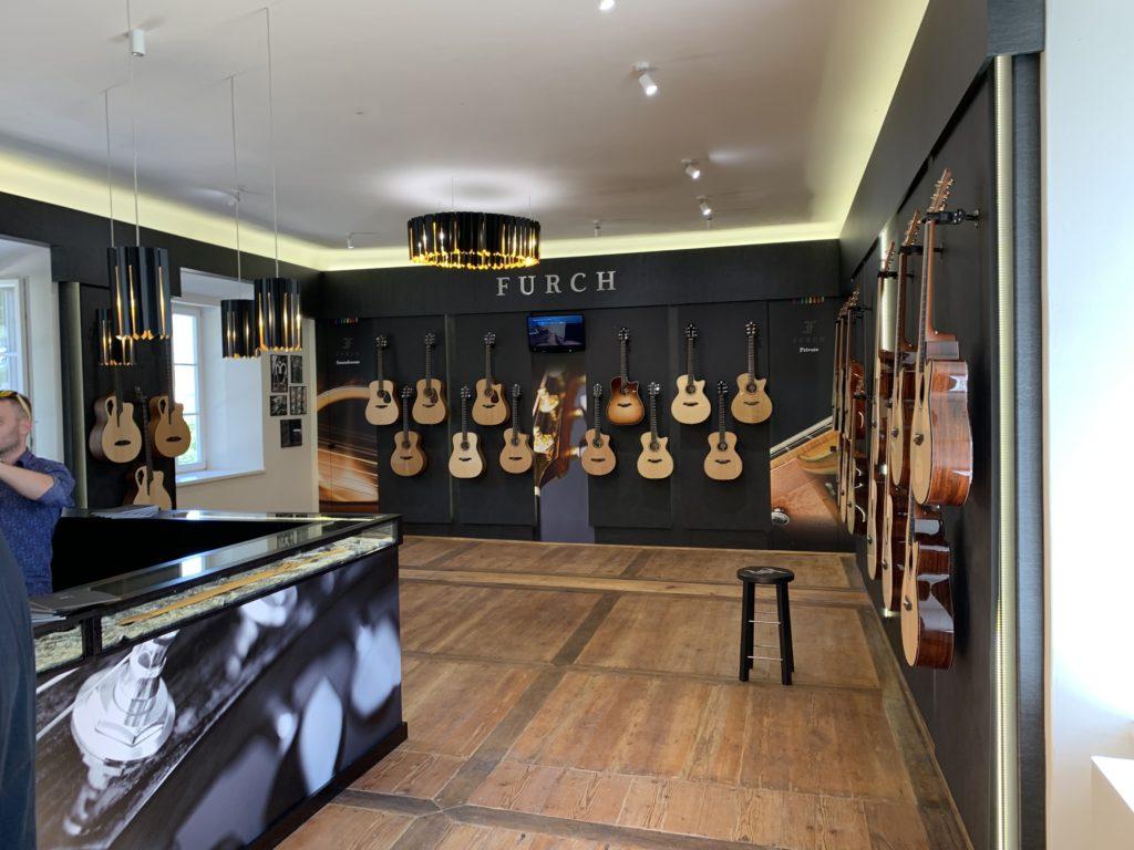 Visite usine Furch Guitars - République Tchèque - Partie 2/2