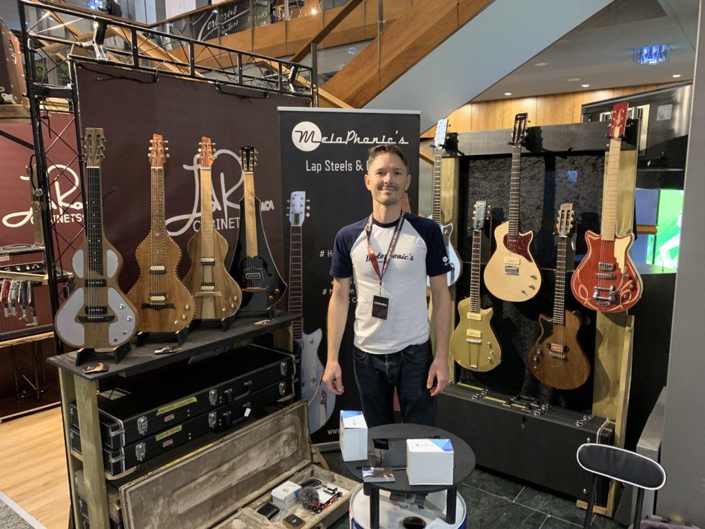 Interview Matthieu Humbert - Les guitares et lap-steels Melophonic's au Guitar Summit 2019
