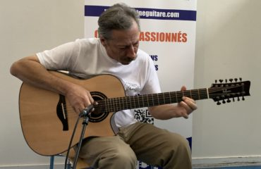 Interview Michel Gentils guitare 12 cordes à la main - Issoudun 2019