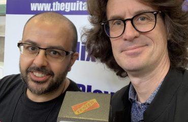 Interview Luciano Ponzio des pédales Don Poniz au salon de la guitare de Madrid