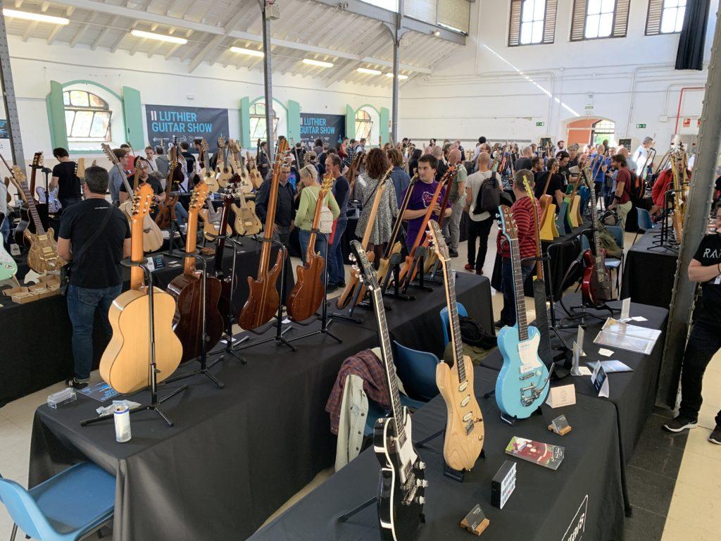 Salon des luthiers de Madrid - Reportage Luthier Guitar Show, un dimanche avec plein de visiteurs !