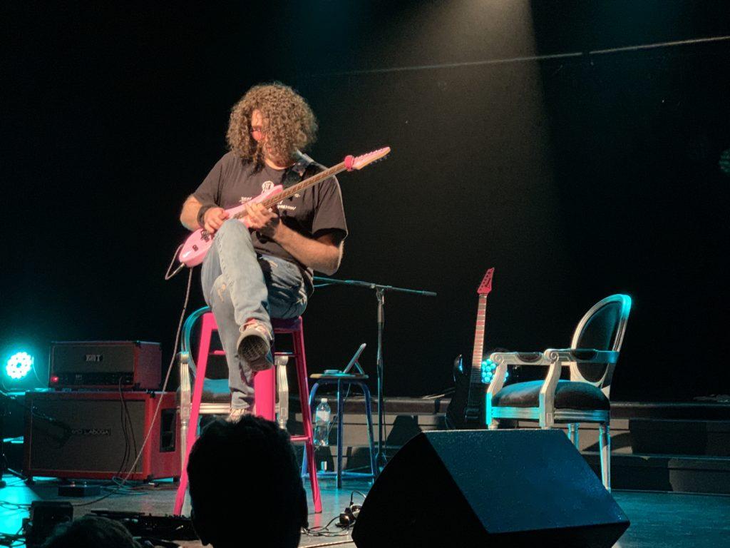 Week-end United Guitars - Reportage sur le samedi - Quand Youri joue Steve Vai
