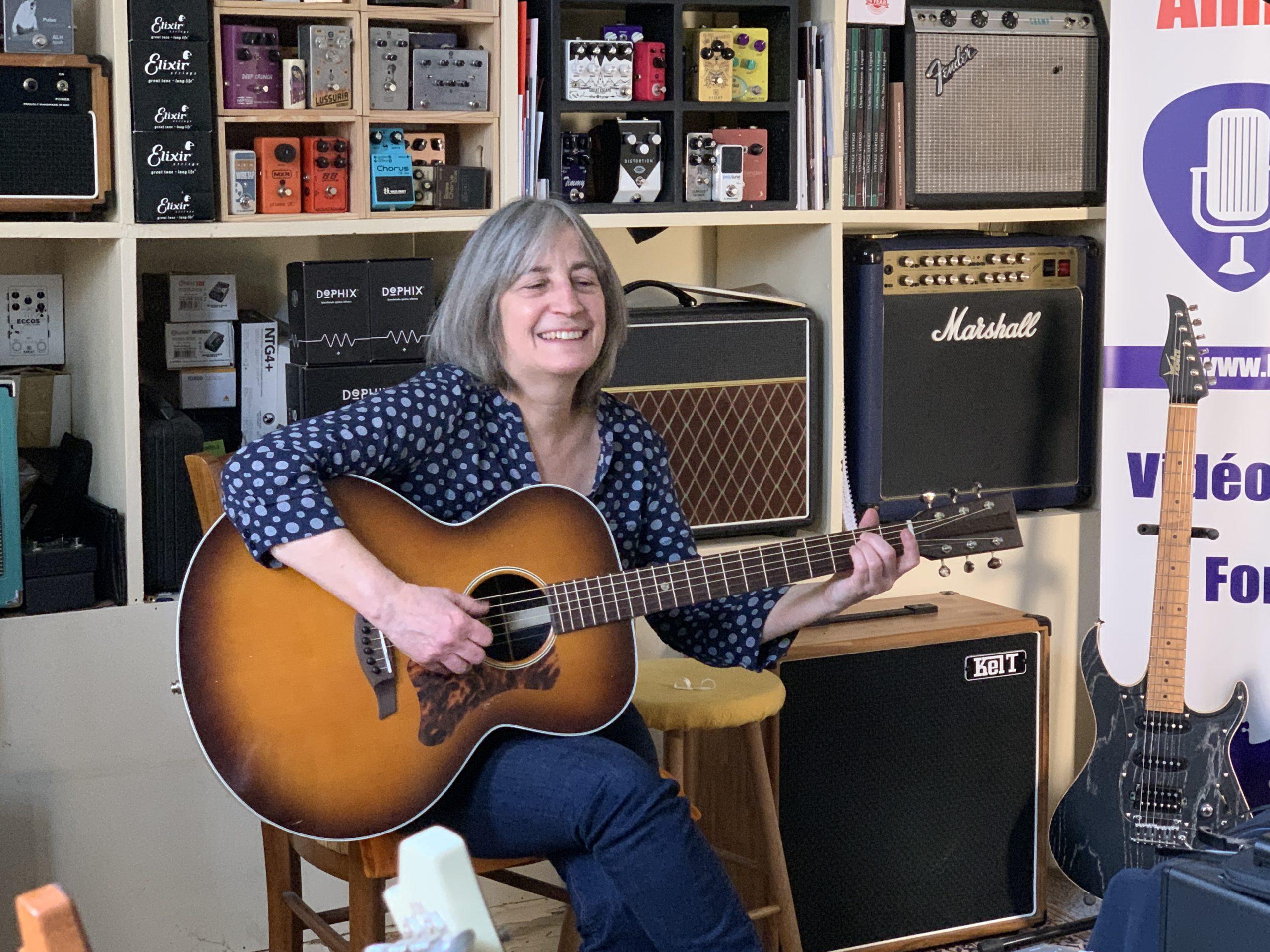 Paroles d'abonnés de La Chaîne Guitare - Témoignage Périne Champagne