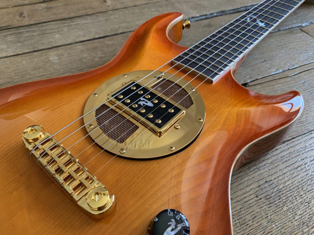 Valvebucker, le micro guitare à lampes inventé en Finlande par Juha Ruokangas