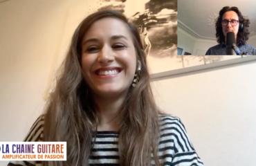 Nina Attal une guitariste chanteuse en interview confinement