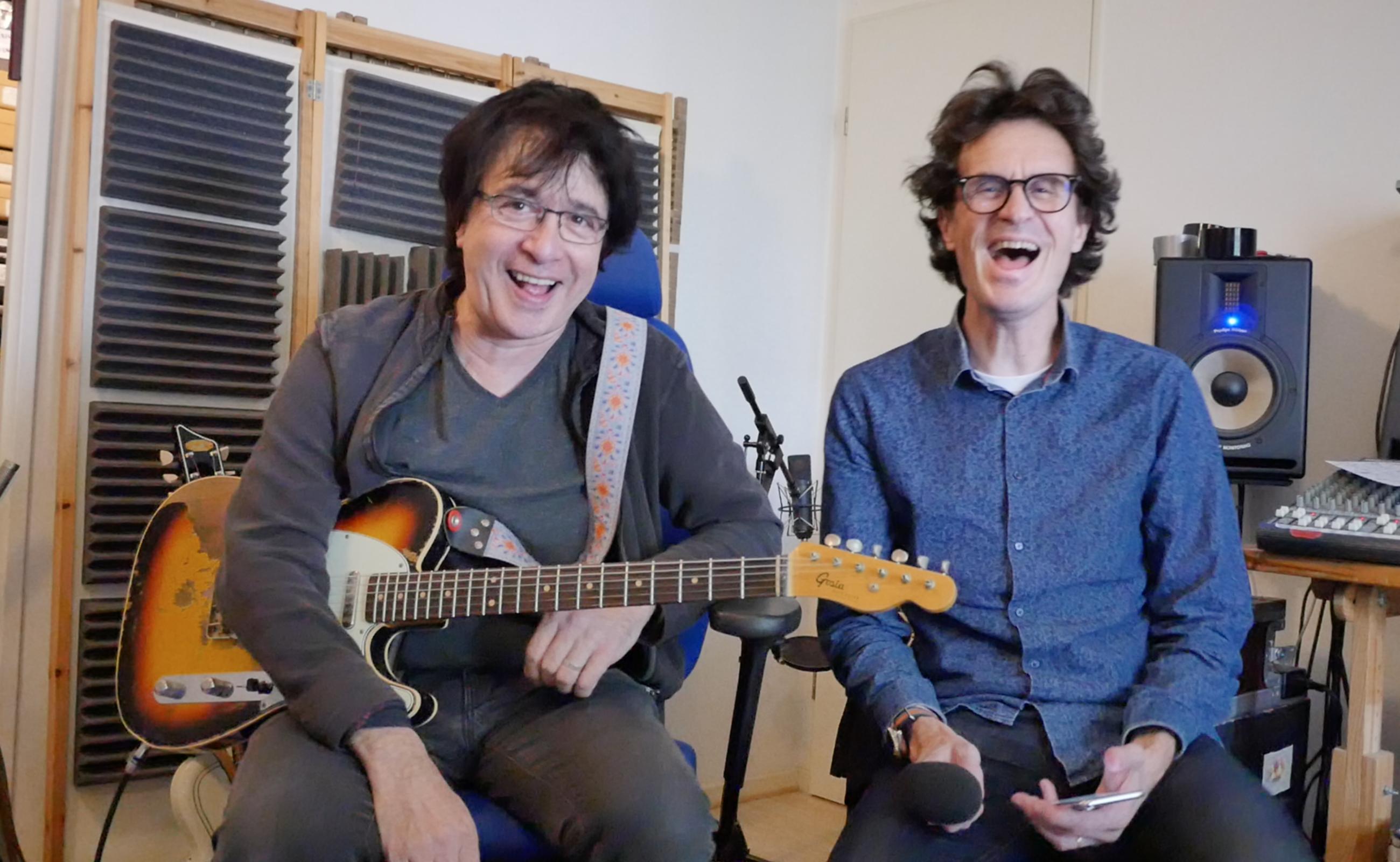 Guitariste d'Alain Souchon, interview Michel-Yves Kochmann guitare à la main, première partie